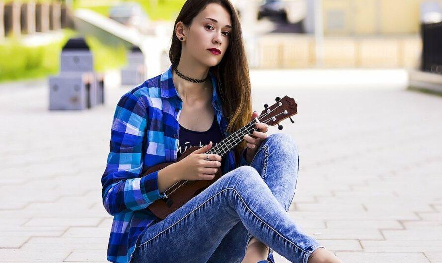 Learn How to Play Ukulele for Free Online